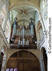 Organ of Etienne cathedral in Paris, France