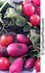 organic salad ingredients