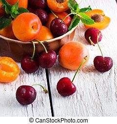 organique, mûre, céramique, bol, abricots, cerises