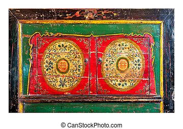 Oriental chest