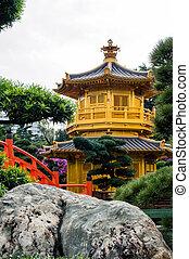 oriental golden pavilion of Chi Lin Nunnery