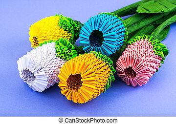 origami, bukett, av, flerfärgad, blomningen, på, violett, bakgrund
