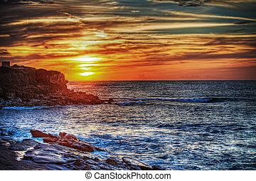 orilla rocosa, debajo, un, colorido, cielo, en, cerdeña