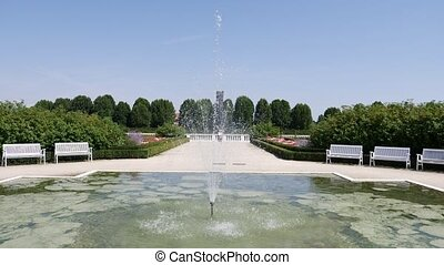 Ornamental, complex garden and fountain - Big fountain and...