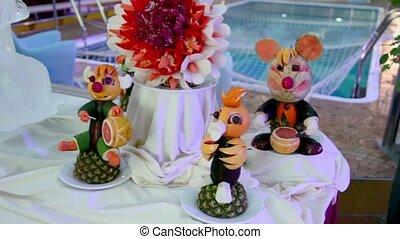 ornement, glace, fruit, table, sculpture, statuettes