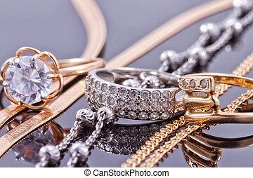 oro, plata, anillos, y, cadenas