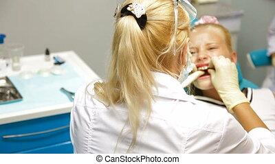 orthodontiste, bureau
