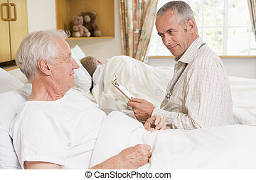 orvos, átvizsgálás, feláll, képben látható, senior bábu, alatt, kórház