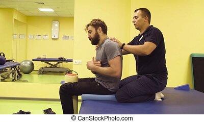 orvos, ételadag, fiatalember, -ban, a, rehabilitáció,...