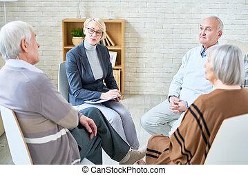 orvos, tanácsadó, idősebb ember, emberek in, öregek otthona