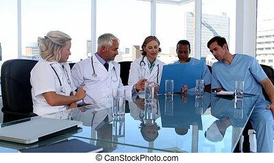 orvosi sportcsapat, közben, egy, gyűlés