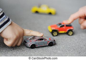 oskyldighet, barndom, begrepp, -, leka, med, leksak bil