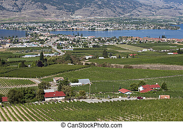 Osoyoos city, Osoyoos Lake with camp site and orchards
