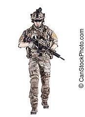 oss armé, skogvaktare, med, vapen