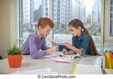 osztálytársak, írás, dolgozó, két, -eik, feladat