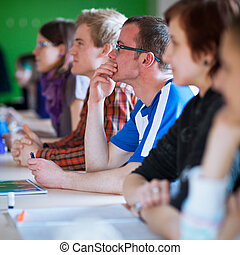 osztályterem, ülés, fiatal, hallgató, jelentékeny