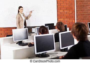 osztályterem, magas tanít tanár, tanítás