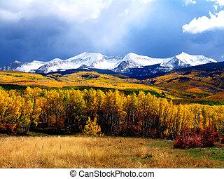 otoño, montaña