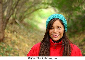 otoño, mujer sonriente