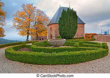otoño, parque, en, medieval, castillo