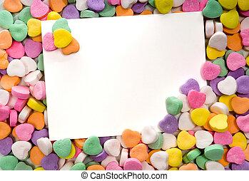 otoczony, cukierek, ułożony, nuta, czysty, serca, karta