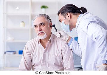 otolaryngologist, mâle, patient, visiter, docteur