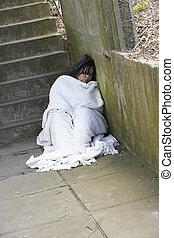 otthontalan, leány, alvás, durva