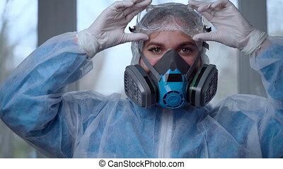 ou, docteur, pendant, prêt, coronavirus, gants, portrait, coronavirus, obtenir, concept., masque, hospital., danger, femme, respiratoire, complet, pandémie, medic, clinique, covid-19, protection, femme, protecteur, weaing, complet, lunettes, épidémie, jour ouvrable