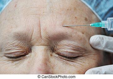 oud, krijgen, voorhoofd, vrouwlijk, injectie, botox