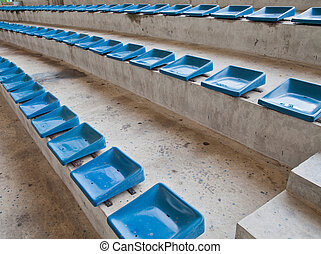 oud, plastic, blauwe , zetels