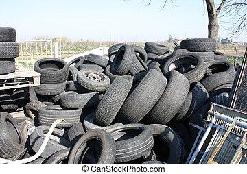oud, tires