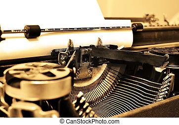 oud, typemachine, met, papier, voor, communicatie