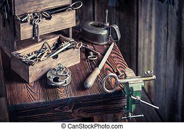 oud, workshop, gereedschap, locksmiths