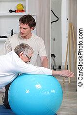 oude vrouw, in, rehabilitatie, stand