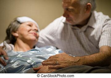 oude vrouw, pijn, het liggen, bed