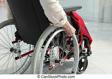 oudere persoon, in, wheelchair