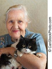 oudere vrouw, met, kat