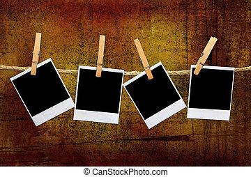 ouderwetse , polaroid, lijstjes, in, een, donkere kamer