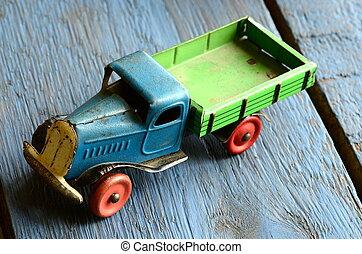 ouderwetse , stuk speelgoed vrachtwagen, (lorry)