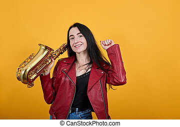 oui, proverbe, saxophone, ladyclenching, jeune, aimer, heureux, garder, gagnant, poings