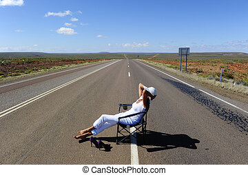 outback, austrália, rodovia, mulher