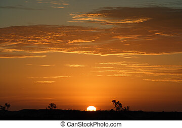 outback, západ slunce