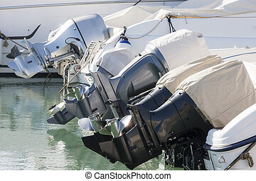 Outboard engines profiles view