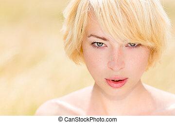 outdoor., beau, portrait, caucasien femme, jeune