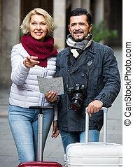 outdoor., dojrzała para, turyści
