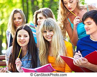 outdoor., jegyzetfüzet, csoport, diák