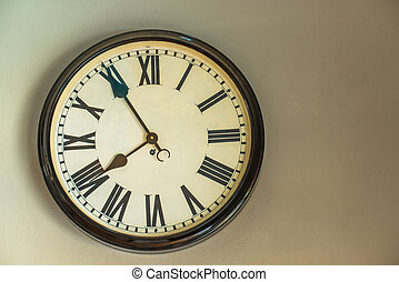 the clock as the decoration