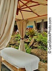 Outdoor massage 2