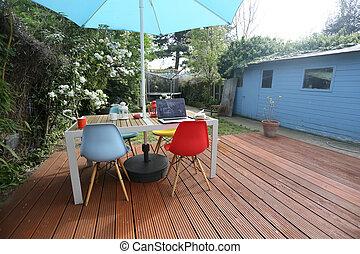 outdoor office in a british garden