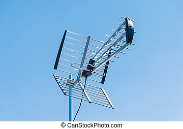 Outdoor TV Aerial - Outdoor High Gain TV Aerial